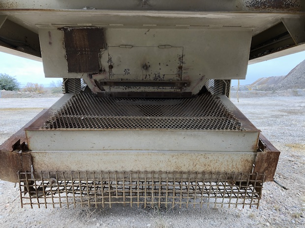 2005 Pioneer VSI 2500 UltraSpec. Discharge conveyor.