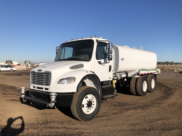 2009 Freightliner M2 106 4,250 Gallon Water Truck. Front driver side view.