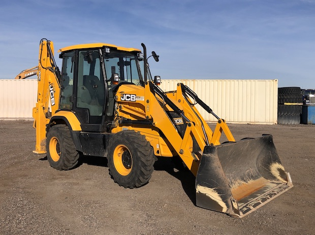 2016 JCB 3CX Compact Backhoe