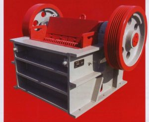 Front view of Gator 10x39 Jaw Crusher PEX1039.