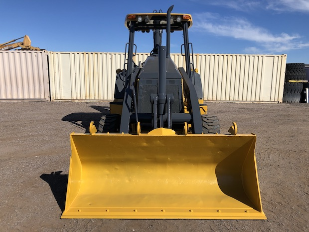 2013 John Deere 310K EP with Extend-a-hoe. Front view and bucket.