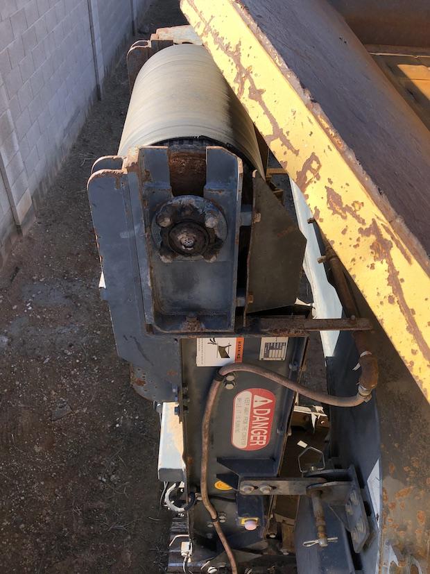 "2006 Komatsu BR380JG. Track Mounted Jaw Crusher.  Muck Conveyor: Folded hydraulically, 9'10"" x 20"""