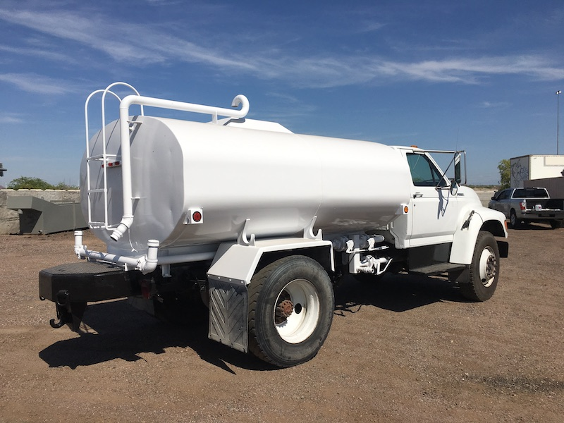 1999 Ford F800 Water Truck. Rear passenger side.