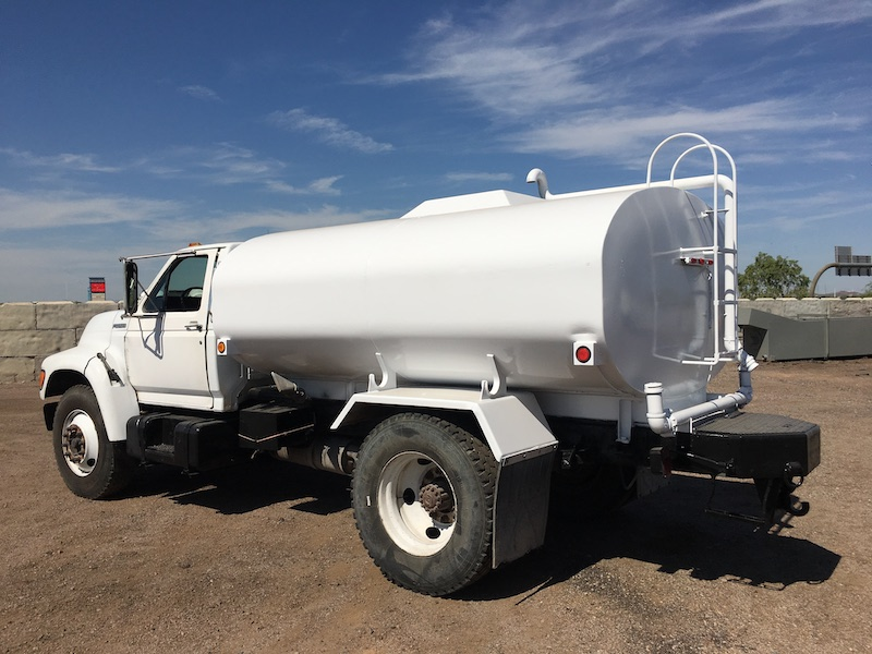 1999 Ford F800 Water Truck. Rear driver side.