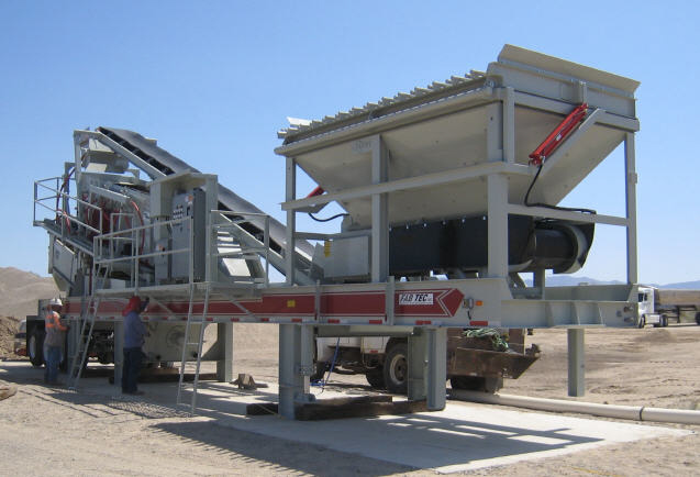 Fab Tec Pro Wash Master 5x16 Portable Wash Plant. Third plant with hydraulic raising grizzly.