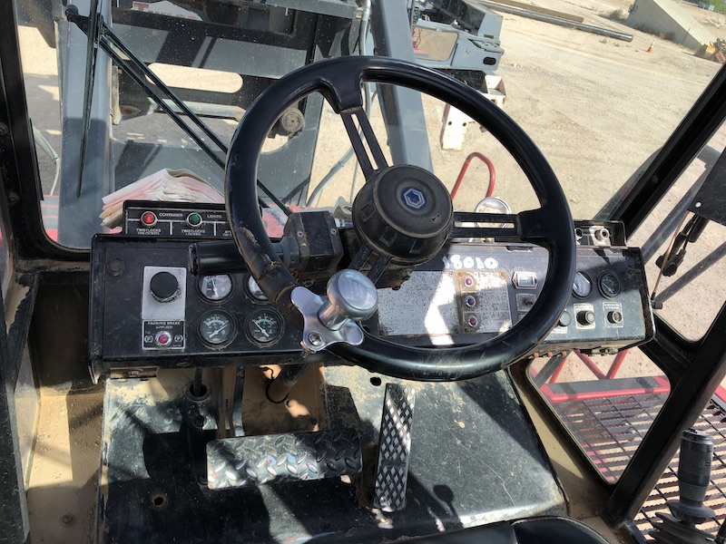 1994 Taylor TEC950L. In cab view of drivers steering wheel.