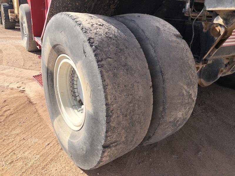 1994 Taylor TEC950L. Front right tires.