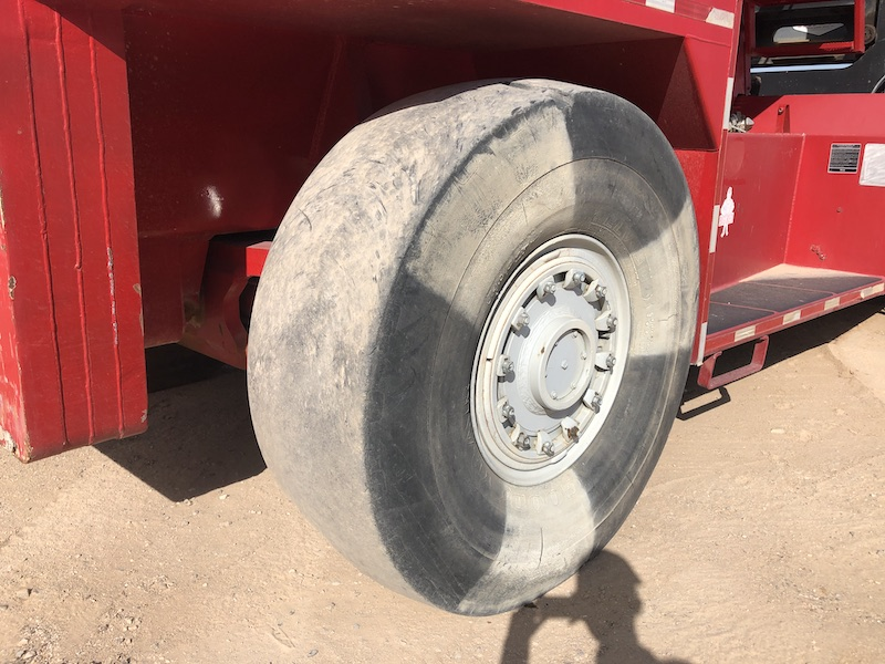1994 Taylor TEC950L. Rear right tires.
