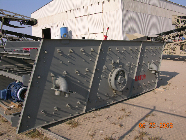 Gator 6x16 3-Deck Incline Screen. Front left.