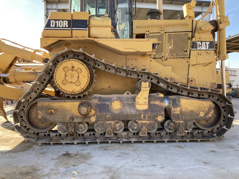 1998 Caterpillar D10R. Right side view.