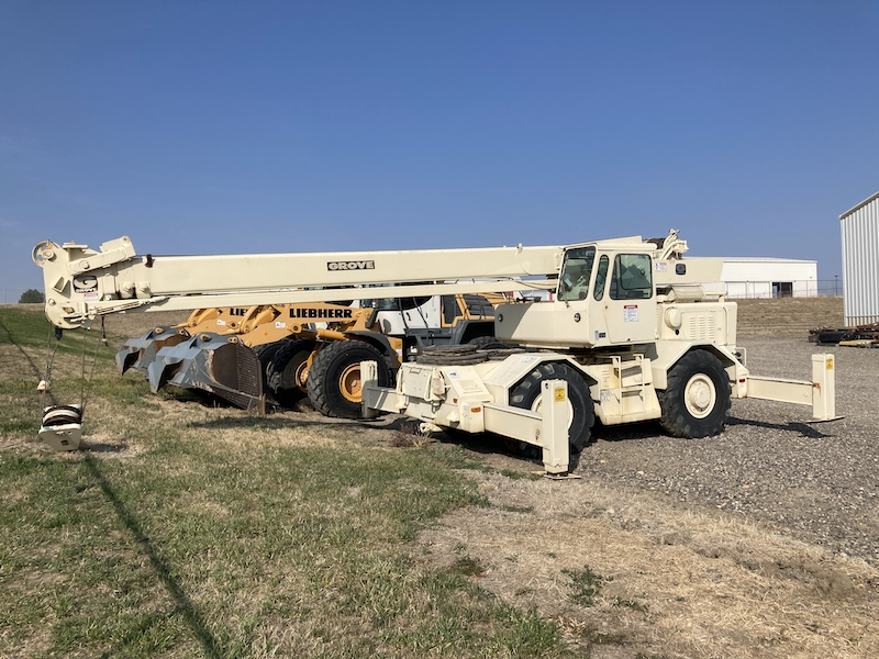 1975 Grove RT620S, 20 Ton Rough Terrain Crane