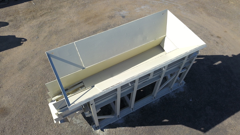 Telsmith 42x20 Vibrating Grizzly Feeder. Overhead front right view.
