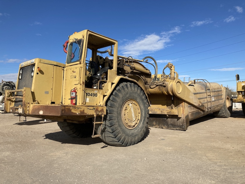 CAT 631D 10,000 Gallon Water Wagon, Unit 10490