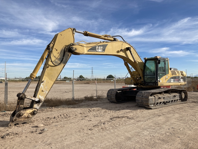 2002 CAT 330CL Excavator, Unit 43520