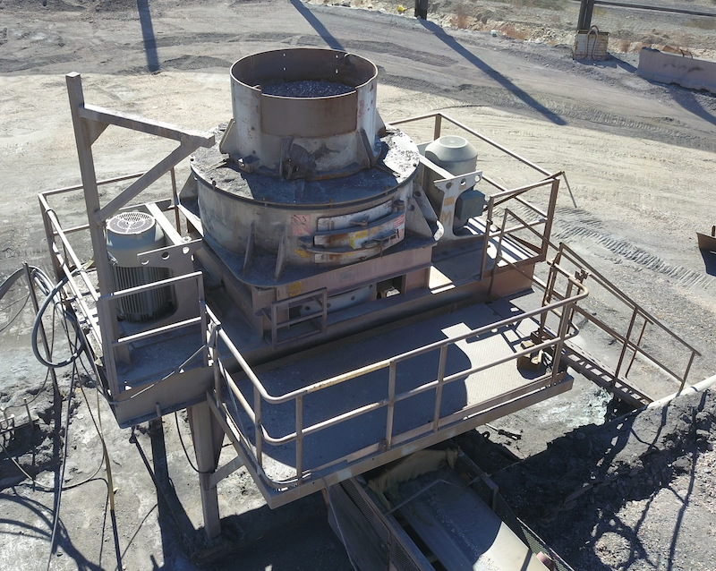 REMco 9000 SandMax Vertical Shaft Impact Crusher. Overview of VSI crusher from rear right.