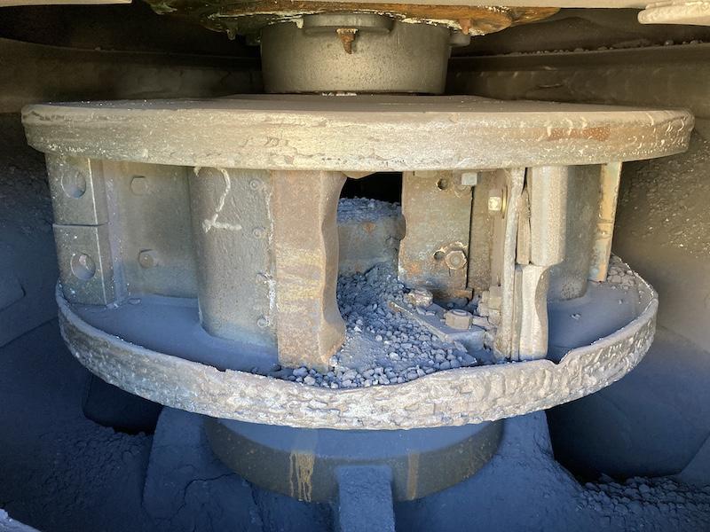 REMco 9000 SandMax Vertical Shaft Impact Crusher. Crushing chamber of VSI.