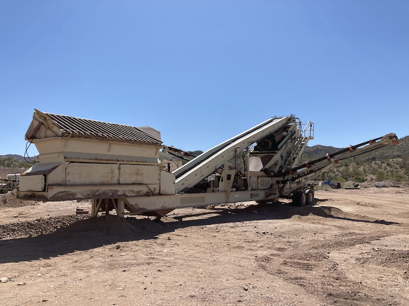 2004 Astec2612D Fold-N-Go Portable Screening Plant. Front left view.