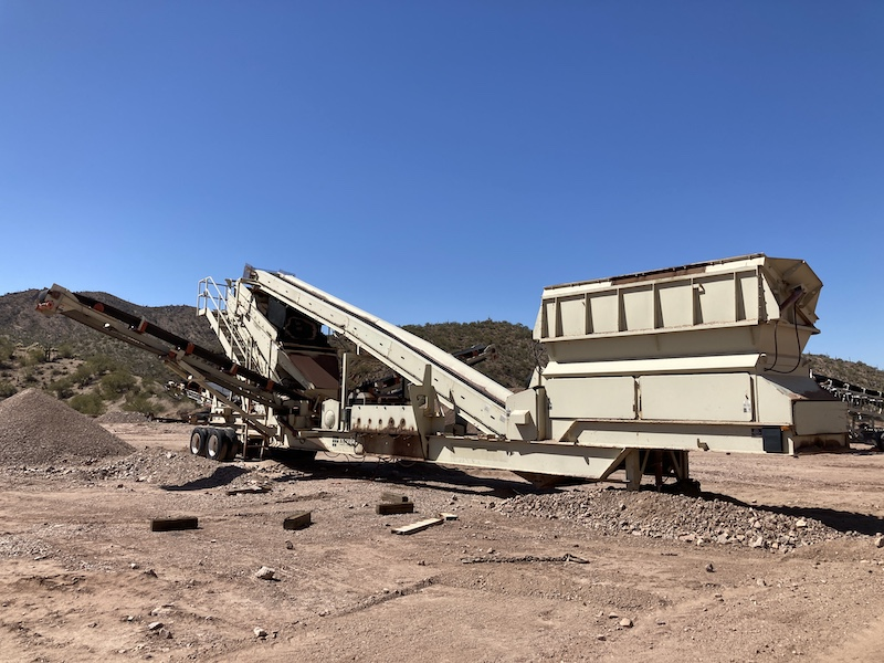 2004 Astec2612D Fold-N-Go Portable Screening Plant. Front right view.