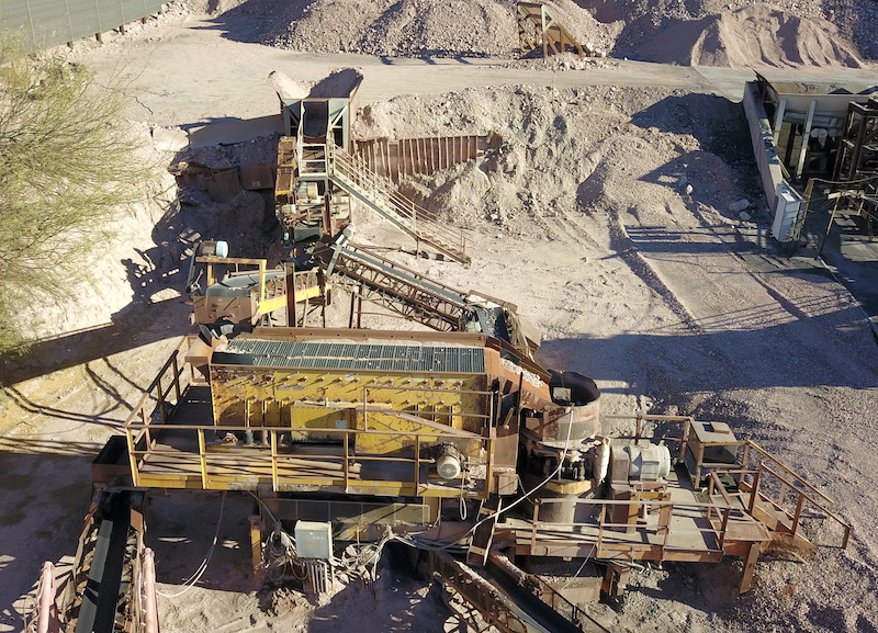 """Portable crushing plant. Eagle 20""""x36"""" Jaw Crusher, Allis Chalmers Vibrating Grizzly Feeder (VGF). El-Jay Rollercone 45 with 5x16 triple deck horizontal screen."""